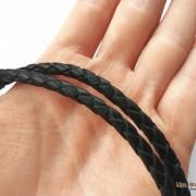 Кожаный шнурок на шею без застежки черный 4 мм