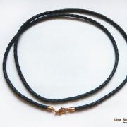 Кожаный гайтан на шею черный 3 мм со стальным карабином под золото