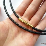 Кожаный шнурок для крестика черный 3 мм с прочной застежкой под золото